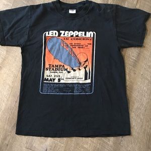 Led Zeppelin concert T-shirt size medium